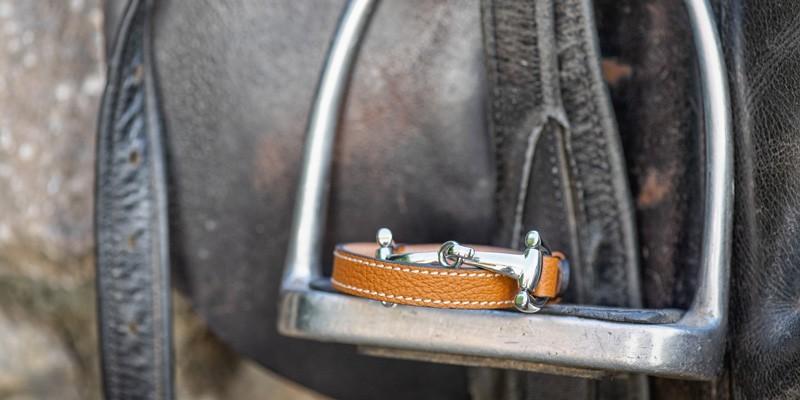 Kleidung & Accessoires & schöne Geschenke für Pferde Liebhaber