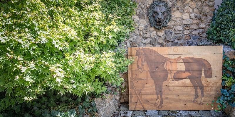 Exklusive Pferdegeschenke: Bilder & Tafeln